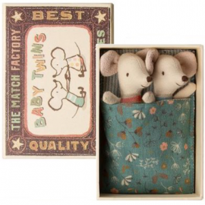 Maileg mouse - Baby Twins In A Box flower blanket