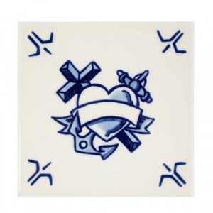 Schiffmacher royal Delft Blue Tattoo| AboutNow.nl